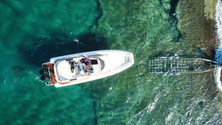 Boat-launching-and-recovery-in-Corfu-with-NEBBS