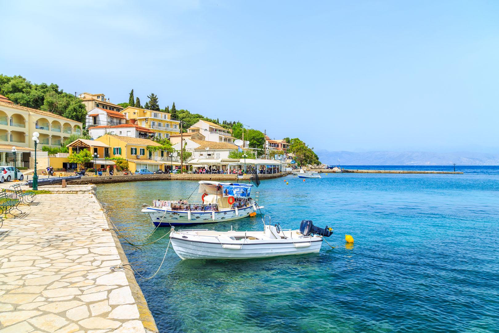Corfu-Boats-in-Kassiopi